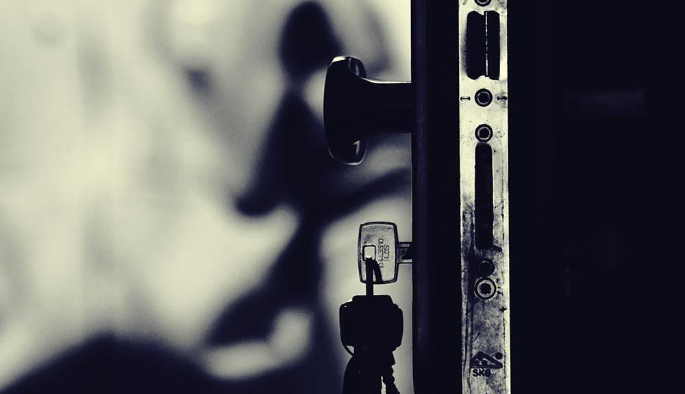 Porte claqué ? Conseils pour trouver un serrurier à Lyon